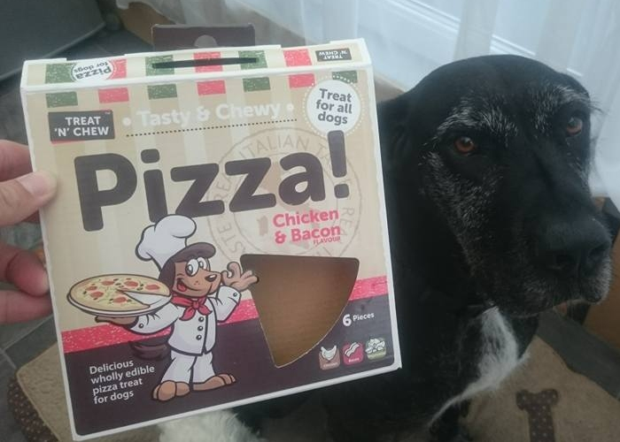 chicken and bacon pizza for all dogs