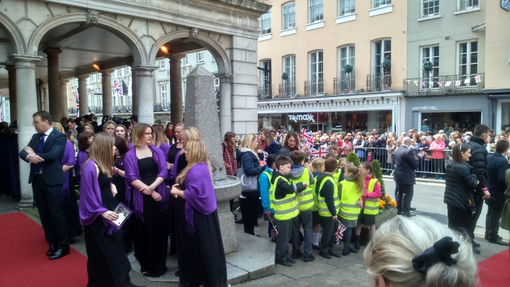 #queenat90 choirs and kids at the ready