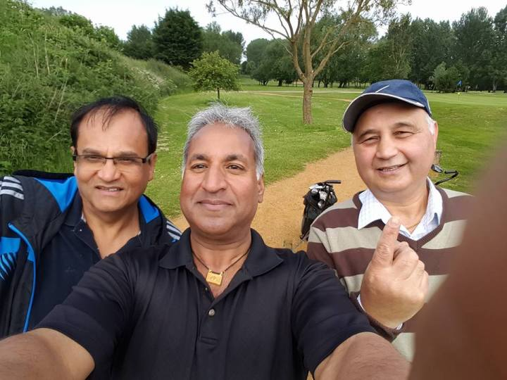 daljit-playing-golf