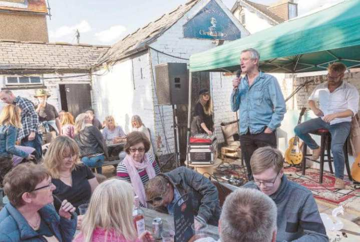 richard endacott swan pub