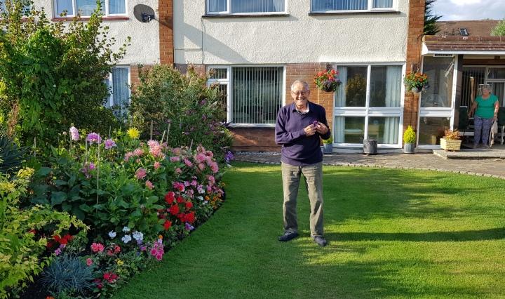 garden in bloom rbwm 1